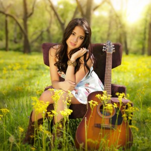 Crissy Harrold - Country Singer in Nashville, Tennessee