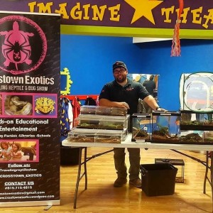 Crosstown Exotics: Bug Show - Animal Entertainment in Mokena, Illinois