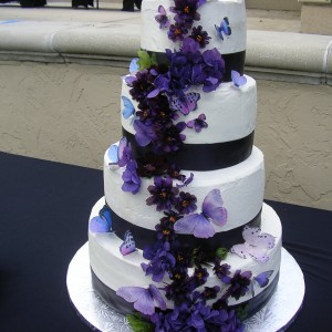 Custom Cake Studio - Wedding Cake Designer / Cake Decorator in Orlando, Florida