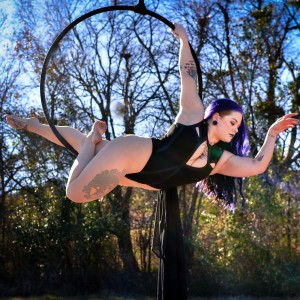 Dahlia Lee - Aerialist in Dallas, Texas