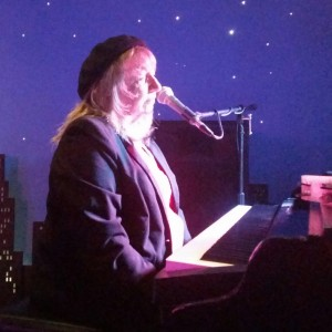 Daina De Prez Piano Entertainer - Dueling Pianos / Singing Pianist in Minneapolis, Minnesota