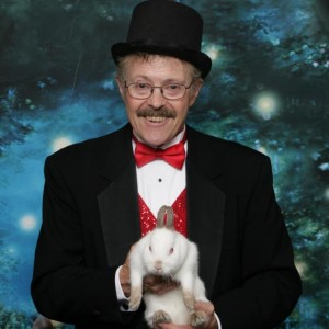Dan Burns Magic Show - Children's Party Magician in Salem, Oregon