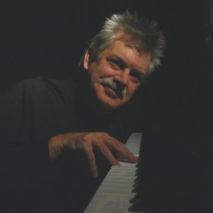 Dan Farrow - Pianist in Boyne City, Michigan