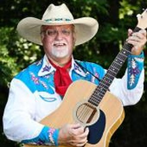 Dandy Don Davis - Singing Guitarist in Florence, South Carolina