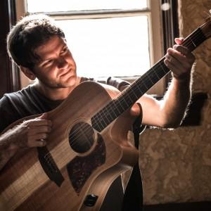 Daniel Champagne - Singing Guitarist / Wedding Musicians in Nashville, Tennessee