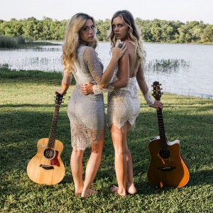 Danni and Kris - Acoustic Band / Wedding Band in Fort Worth, Texas