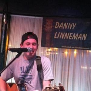 Danny Linneman Music