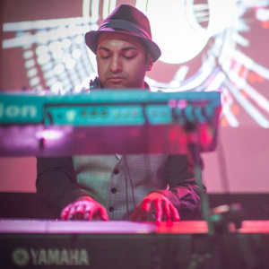Danny Satori - Pianist / Holiday Party Entertainment in Boston, Massachusetts