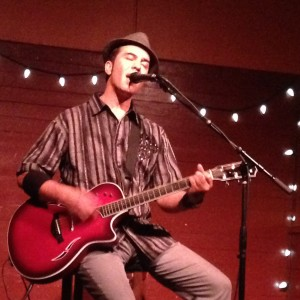 Darius Lux - Singing Guitarist in Sedona, Arizona