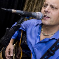 Dave Hudson - Singing Guitarist / One Man Band in Lakeville, Minnesota