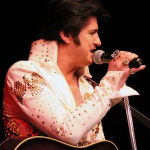 Davey K and the Klassics - Elvis Tribute Band