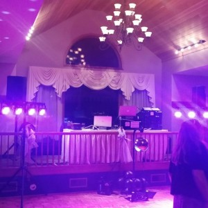 Dean's DJ/Karaoke Service - Mobile DJ / Outdoor Party Entertainment in Saratoga Springs, New York