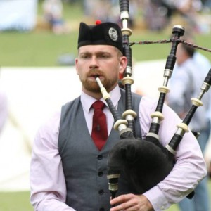 Derek Midgley Bagpiper - Bagpiper / Celtic Music in Eatontown, New Jersey