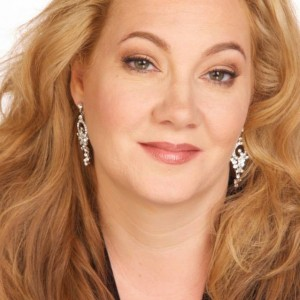 Diana Briscoe, Soprano - Opera Singer / Classical Singer in Glendale, California