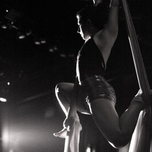 Diane - Aerialist / Balancing Act in Brooklyn, New York