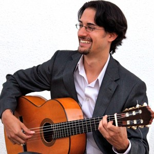 Diego Alonso: Spanish Guitar - Guitarist / Latin Jazz Band in Chicago, Illinois