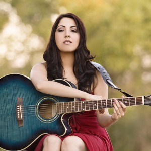 Dina Valenz - Singing Guitarist in San Pedro, California