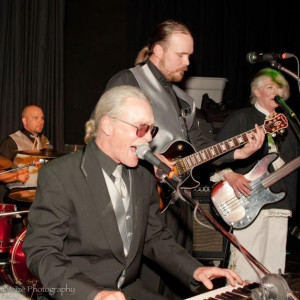 Dino Soars - Wedding Band in Chewelah, Washington