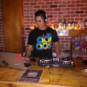 DJ Alvin - DJ / College Entertainment in Watertown, New York