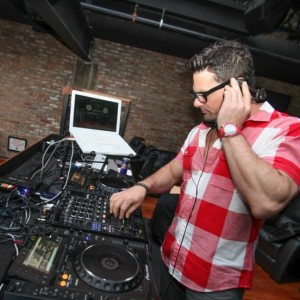 Dj Corey Sanford - Club DJ in Chicago, Illinois