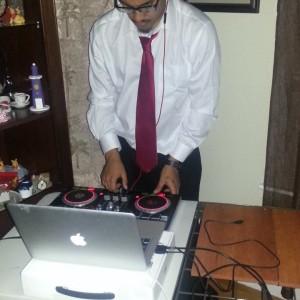 Dj Dee Smilesz - Club DJ in Worcester, Massachusetts
