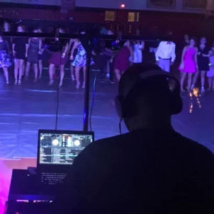 DJ Deion aka The Black Elvis - DJ / Kids DJ in Burlington, North Carolina