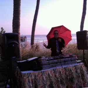 DJ Doug Reeves - Wedding DJ in Fort Myers, Florida