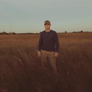 Dylan James Elliot - Singer/Songwriter in Springfield, Missouri