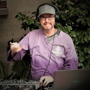 DJ FeelsGood - Inspirational Dance Music - Mobile DJ in Napa, California