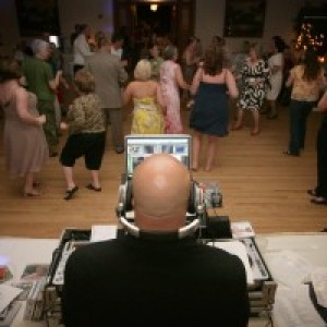 DJ Flip Productions - Mobile DJ / Outdoor Party Entertainment in Martinsville, Indiana