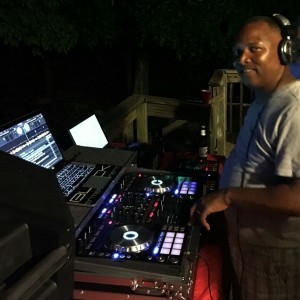 Dj J-1 - Mobile DJ in York, South Carolina