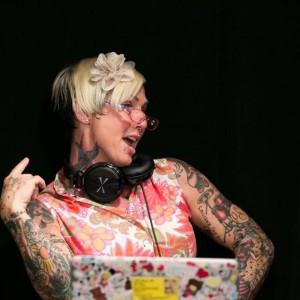 DJ Bee - DJ / Corporate Event Entertainment in Redondo Beach, California