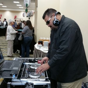 DJ Lou - Mobile DJ in Moreno Valley, California