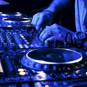 Dj Luna - DJ / College Entertainment in Brooklyn, New York