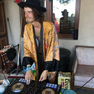 DJ Mistifer Christopher - DJ / College Entertainment in West Hills, California