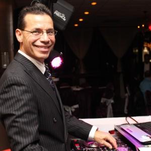 DJ Roly - Mobile DJ in Katy, Texas