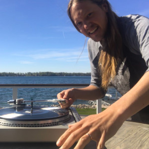 DJ Ryan De La Rosa - Wedding DJ / DJ in Frazee, Minnesota