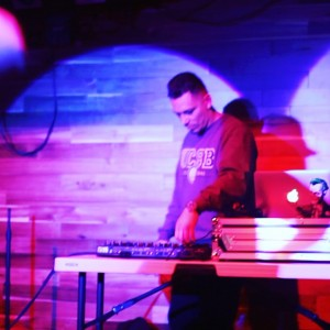 DJ Sik Sleven - Mobile DJ in Los Angeles, California