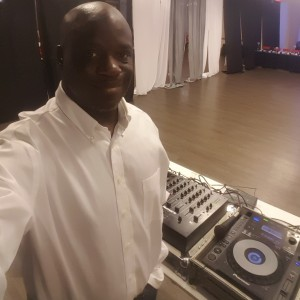 Dj SLAVE.      Keep pushing Ent. - Wedding DJ / Mobile DJ in Dallas, Texas