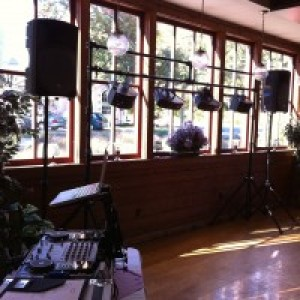 DJ Spinners Mobile Disc Jockey - Wedding DJ in Pawtucket, Rhode Island
