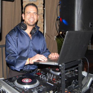 Dj Tinips - Mobile DJ / Wedding DJ in Corona, California