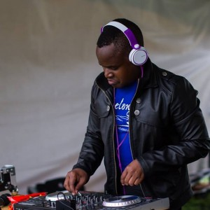 DJ Tonny-De - Club DJ / Prom DJ in Minneapolis, Minnesota