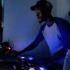 DJ Tyrone - DJ / College Entertainment in Bridgeport, Connecticut