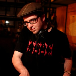DJ Vinnie Esparza - DJ in San Francisco, California