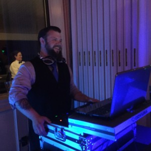 DJ Wonderboy - Mobile DJ / Outdoor Party Entertainment in Pittsburgh, Pennsylvania
