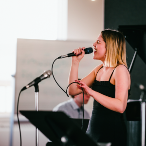 Dominique Lalama - Jazz Singer in Toronto, Ontario