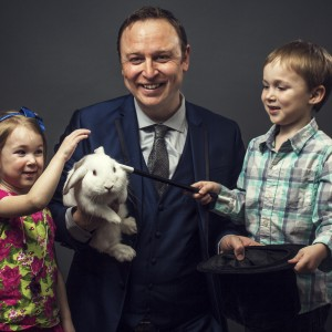 Donovan Day Magician - Comedy Magician / Children's Party Magician in Edmonton, Alberta