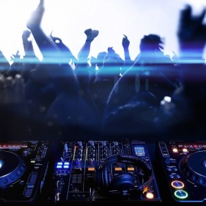 Dream Sounds Entertainment - Mobile DJ in Miami, Florida