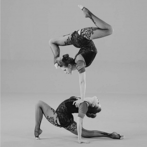 Duo Pareidolia - Contortionist in Kansas City, Missouri