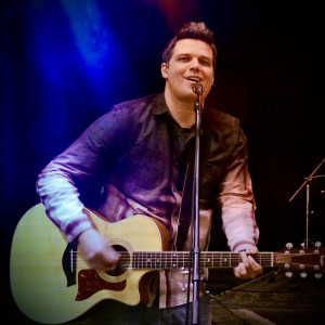 Dustin Ingham - Praise & Worship Leader in Indio, California